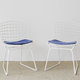 Knoll - Toddler's Side Chair by Harry Bertoia