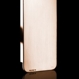 Umberto Bellini - Brushed Rose Gold I-Phone4 Cover