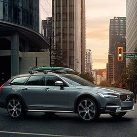VOLVO - V90 crosscoutry