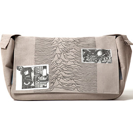 NADA. - Pulsar embroidery messengre bag / Gray