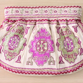 MOYNA - モイナ クラッチバッグ Clutch gather Morocco Ivory fuchsia