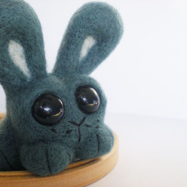 Luulla - Sage The Bunny - Needle Felted Green/Blue Rabbit Sculpture