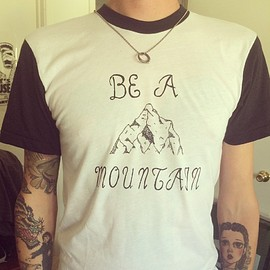 wetbabe - BE A MOUNTAIN - SHIRT