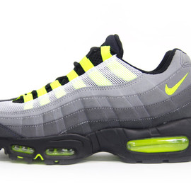 NIKE - AIR MAX 95 PROTOTYPE 「mita sneakers」