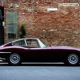 Jaguar - E-type