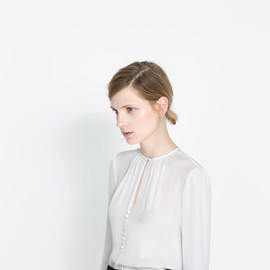 ZARA - BLOUSE WITH BUTTONS