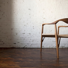 Peter Yong Ra - The NaMu chair