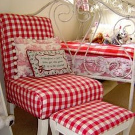 red gingham bedroom