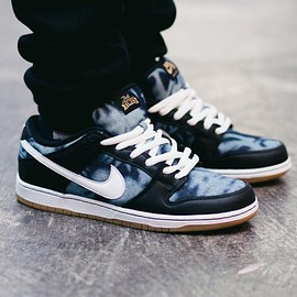 NIKE SB - FAST TIMES × NIKE SB DUNK LOW PREMIUM QS BLACK/WHITE-MIDNIGHT NAVY