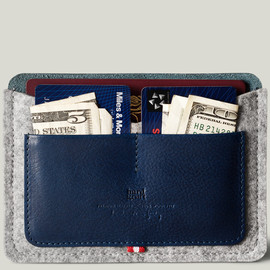 hard graft - Passport Wallet / Ocean