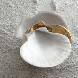 Ceramic bowl, white and silver