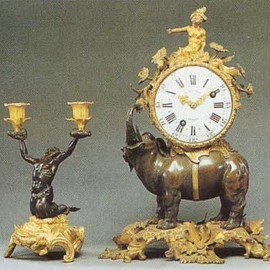 Madame Pompadour - A candlestick and a watch with elephant
