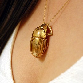 Shapeways - Scarab pendant 3d printed Polished bronze.