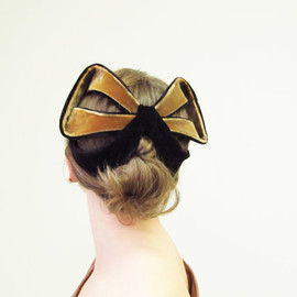 RESERVED for Mie Ru 1950s Velvet Bow Half Hat / 50s Fascinator / Bronze and Black / 50s Hat / Whimsies by Norman Paulvin