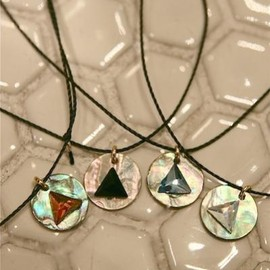 mother - Shell Triangle Necklace