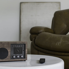 COMO AUDIO - Solo (walnut)