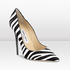JIMMY CHOO - The ultimate stiletto pump / Black & White