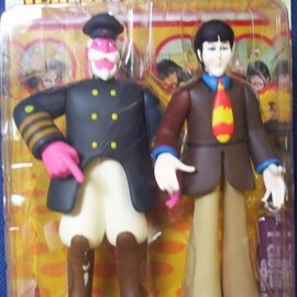 The Beatles- Yellow Submarine: Paul with Captain Fred Figurines フィギュア 人形 おもちゃ (並行輸入)