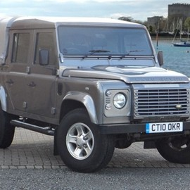 Land Rover - Defender 110 Double Cab Pick Up