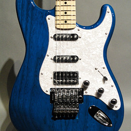 Fender Japan - ST71/ASH/F Trans Blue/M