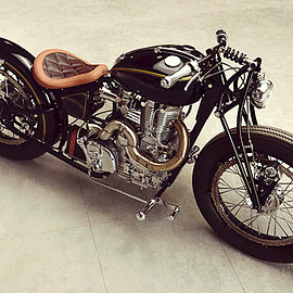 J&D Custom Co. - Royal Enfield Thunderbird