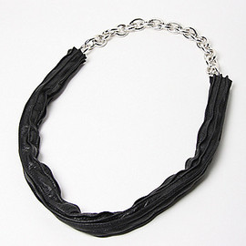 Florian - Anodised Chain