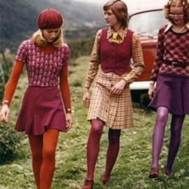 70s color blocking.