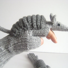 muratyusuf - Original Design Cute Armadillos gloves