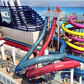 Norwegian cruise line - Crazy slides