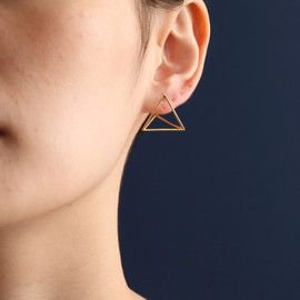 Shihara - 3D triangle pierce
