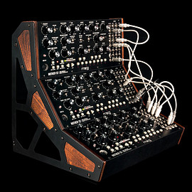 moog - mother-32