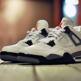 NIKE - Air Jordan IV 2012 White/Cement Grey Retro
