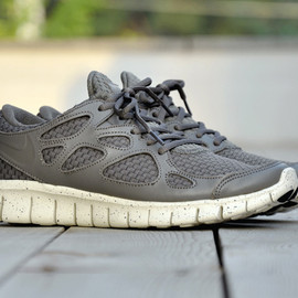 Nike - Free Run (+2) Woven Leather Pack