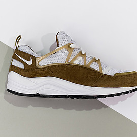 Nike - Air Huarache Light - White/Brown?