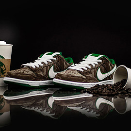 NIKE, Starbucks - DUNK LOW PREMIUM