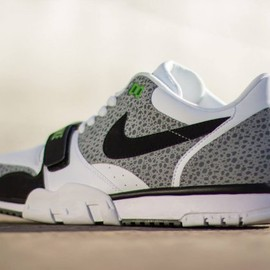 Nike - Air Trainer Low ST - White/ Black- Wolf Grey/Cool Grey