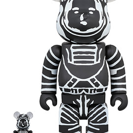 MEDICOM TOY - BE@RBRICK BILLIONAIRE BOYS CLUB ASTRONAUT BLACK 100% & 400%