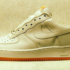 Nike - Nike Air Force 1 - White & Gum/Canyon Gold  (2003)