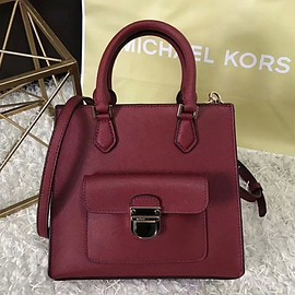 Milk shake - MICHAEL Michael Kors Bridgette Small Leather Messenger Red
