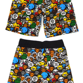 A BATHING APE - MILO ALL ANIMALS SWEAT SHORTS