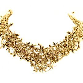 Tom Binns - SMALL GOLD MULTI SAFETY PIN NECKLACE