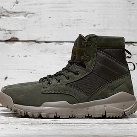 "NIKE - SFB 6"" Leather Boot - Cargo Khaki/Light Taupe/Cargo Khaki"