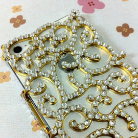 Casemoda - New Chic Glam Bling Sparkle All Rhinestones Gold Vintage Swiral iPhone Case