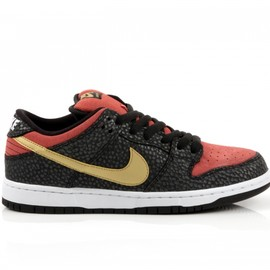 "NIKE SB - NIKE DUNK LOW PREMIUM SB QS ""Walk of Fame"""