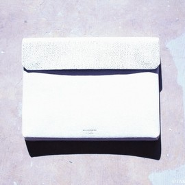 Acne - PC CASE