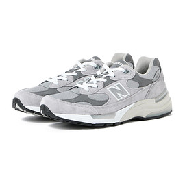 New Balance - M992