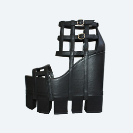 chromat - Image of Orthogonal Wedge Sandal - Black