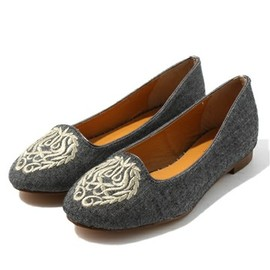 Odette e Odile - Emblem CT15 Flat Shoes
