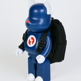 BE@RBRICK - 400% BE@RBRICK WITH OUTDOOR PRODUCTS MINI DAY-PACK