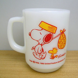 Fire King - Snoopy Come Home mug cup
